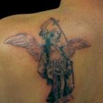 21-06-13 angelo con spada